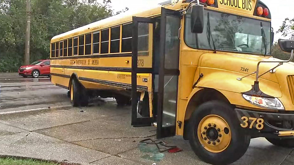2 School Buses In Crashes In Jacksonville On Friday Morning