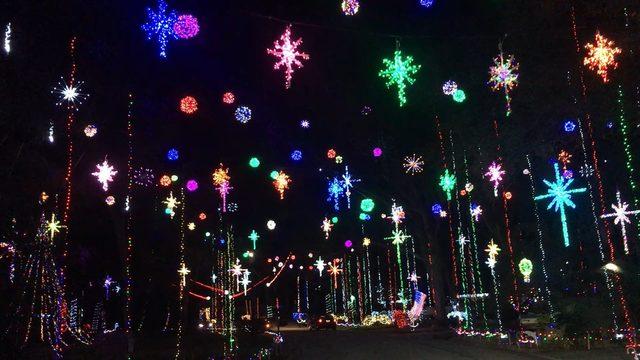 Girvin Road Christmas Lights 2020 Best spot for local holiday lights: Girvin Road